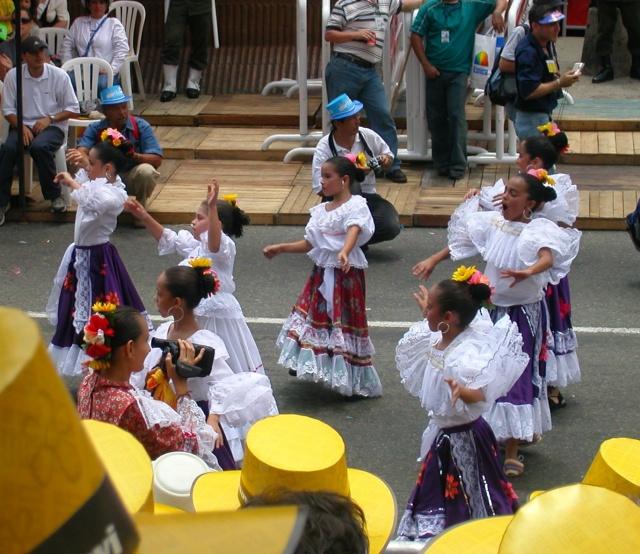 girl dancers